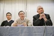 Benny Tai (au centre), Chan Kin-man (à gauche)... (PHOTO KIN CHEUNG, AP) - image 1.0