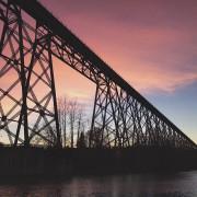 Les ponts font certes couler beaucoup d'encre ces... (@alexe_milot) - image 1.0