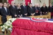 De nombreux dignitaires ont assisté aux funérailles de... (Photo: La Presse Canadienne) - image 1.0