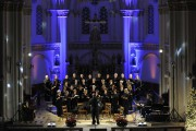 Le directeur de Pro-Musica, Claude Godbout, cherche dans... (Photo: Sylvain Mayer, Le Nouvelliste) - image 1.0