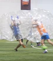 Combinez la technique du soccer à la robustesse... (Imacom, Julien Chamberland) - image 1.0