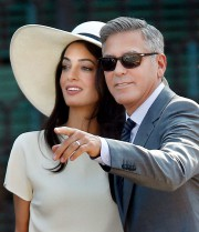 George Clooney et Amal Alamuddin... (Associated Press) - image 3.0