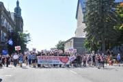 Une grande marche de mobilisation a réuni 2000... (Photo: Émilie O'Connor Le Nouvelliste) - image 1.1