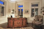 Dans le bureau de madame, trois immenses fenêtres... (Photo Pascal Ratthé, collaboration spéciale) - image 2.0