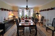 Dans la salle à manger, soigneusement décorée, on... (Le Soleil, Patrice Laroche) - image 1.1