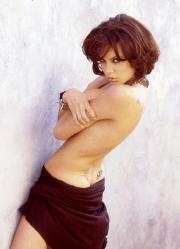 Une des photos coquines d'Angelina Jolie... - image 8.0