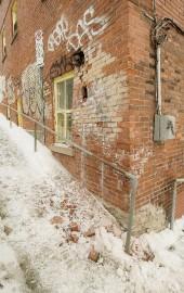 Un immeuble à logements du centre-ville de Sherbrooke... (Imacom, Frédéric Côté) - image 1.0