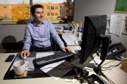 Guillaume Laforest, directeur financier chez Kruger.... (PHOTO ALAIN ROBERGE, LA PRESSE) - image 2.0