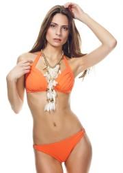 Bikini orange Naranja, haut95$ et culotte 65$... (Photo fournie par Angela Jones) - image 1.1