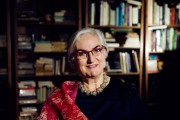 Perla Serfaty-Garzon, chez elle à Montréal. Psychosociologue et... (Photo Olivier Jean, La Presse) - image 1.0