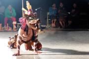 Personnage de chien dans un spectacle de... (Collaboration spéciale PatriciaCloutier) - image 1.0