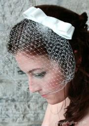 Le modèle Chantal se compose d'une voilette et... (Photo Yvon Latulippe) - image 1.0