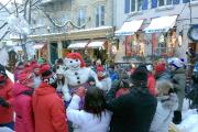 Bonhomme et les duchesses dans le quartier Petit-Champlain... (Photo fournie par Pascale Moisan) - image 2.1