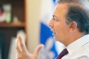 Le ministre Sam Hamad veut convaincre des Québécois... (Le Soleil, Yan Doublet) - image 3.0