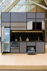 Une cuisine complète et compacte occupe une face... (PHOTO Urban Capital) - image 1.0