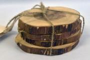 Sous-verre en rondins de l'artiste du bois Kootenay... (Le Soleil, Jean-Marie Villeneuve) - image 2.1