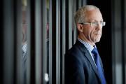 Sylvain De Champlain est planificateur financier.... (PHOTO MARCO CAMPANOZZI, LA PRESSE) - image 1.0