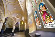 Les vitraux originaux de l'ancien lieu de culte... (Le Soleil, Yan Doublet) - image 1.1