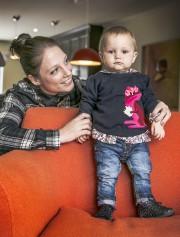 Émilie Richard et sa fille Lucie.... (Imacom, Jocelyn Riendeau) - image 3.0