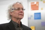 Dr Gilles Julien... (PHOTO OLIVIER PONTBRIAND, ARCHIVES LA PRESSE) - image 2.0