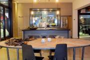 Dans la maison EXALT (Industries Bonneville), la fenestration... (Photo Le Soleil, Jean-Marie Villeneuve) - image 1.1