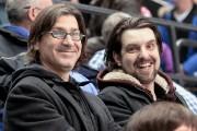 Jean-René Dufort et MC Gilles (Dave Ouellet)... (Photo Le Soleil, Jean-Marie Villeneuve) - image 3.0