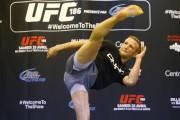 Le champion du monde des poids coqs, T.J.... (Photo Martin Chamberland, La Presse) - image 2.0