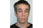 Dave Beaulieu, 39 ans,mesure environ 5 pieds 6... (Photo fournie par la police de Québec) - image 1.0