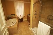 Les salles de bains se comptent au nombre... (Photo André Pichette, La Presse) - image 2.1