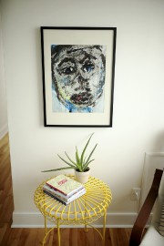 Le tableau apporte une touche originale au salon.... (Photo Martin Chamberland, La Presse) - image 2.0