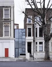 La façade de cette maison de Londres ne... (Photo Hélène Binet, fournie par Boyarsky Murphy architects) - image 2.0