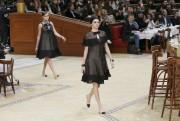 Kendall Jenner et Cara Delevingne ont défilé pour... (Photo Gonzalo Fuentes, Reuters) - image 1.0