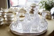 Aux Antiquités pour la table, l'oeil ne trouve... (PHOTO OLIVIER PONTBRIAND, LA PRESSE) - image 1.1