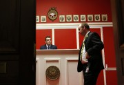 L'entrée redécorée du bureau d'Aaron Schock.... (Photo: Reuters) - image 2.0