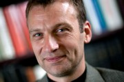 Dr Guy Jobin ... (Photo Paul Dussault) - image 2.0
