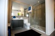 Des douches très spacieuses seront installées dans les... (PHOTO FRANÇOIS ROY, LA PRESSE) - image 1.1