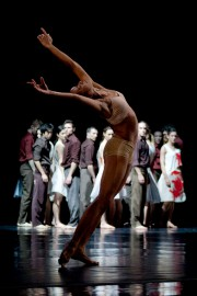 Les Grands Ballets canadiens ont proposé leur version... (Photothèque Le Soleil) - image 1.0