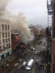 Dix-neuf personnes ont été blessées, dont quatre grièvement,... (Photo Reuters) - image 1.0