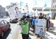 Les membres de la FIQ manifestaient, hier, face... (Photo: Sylvain Mayer Le Nouvelliste) - image 1.0