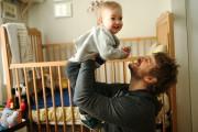 Guillaume Déziel et son fils... (PHOTO MARTIN CHAMBERLAND, LA PRESSE) - image 2.0