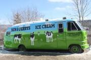 Le célèbre autobus de la crèmerie Ben&Jerry's.... (PHOTO CATHERINE SCHLAGER, LA PRESSE) - image 3.0