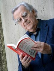 Bernard Pivot est leprésident d'honneur du Salon du... (Le Soleil, Jean-Marie Villeneuve) - image 2.0