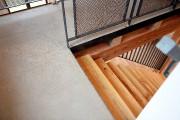 À l'étage, le plancher est en béton radiant... (Le Soleil, Erick Labbé) - image 2.0