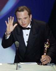 Michael Blake lors de la cérémonie des Oscars... (Archives AP) - image 2.0