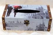 Boîte pour papiers- mouchoirs, à partir de 14... (Le Soleil, Erick Labbé) - image 2.0