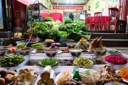 Située à 350 km à l'ouest de Kunming, la... (PHOTO MYRIAM GILLES, LA PRESSE) - image 2.0