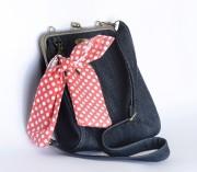 Grand sac de jeans, 200 $... (Le Soleil, Jean-Marie Villeneuve) - image 2.0