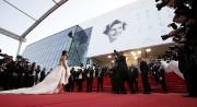 L'actrice Leïla Bekhti prend la pose pour les... (PHOTO ÉRIC GAILLARD, REUTERS) - image 4.0