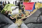 Une quinzaine de tentes étaient debout lorsque les... (PHOTO EDOUARD PLANTE-FRÉCHETTE, LA PRESSE) - image 1.0