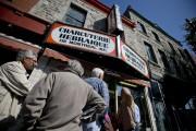 Le restaurant Schwartz's est toujours aussi populaire.... (Photo David Boily, archives La Presse) - image 6.0